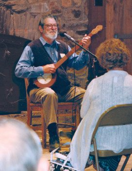 Our Folk School Director plays Monday Morningsong and tells the history of the Folk School