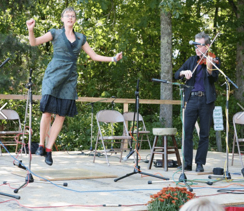 Emolyn clogs on the Fall Festival Stage with Jamie Laval
