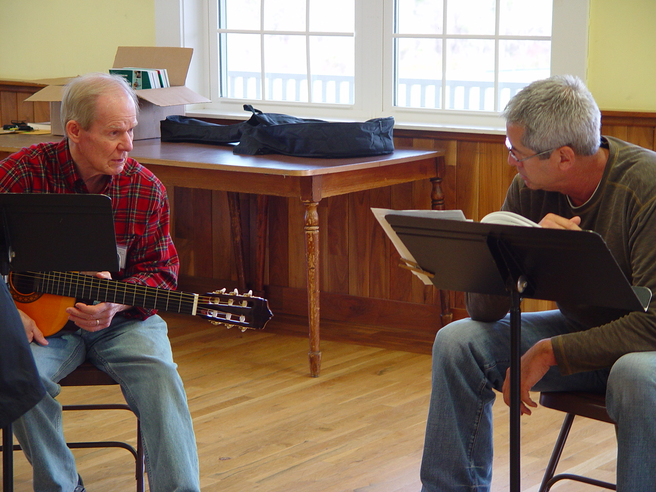 Learning Guitar at the Folk School
