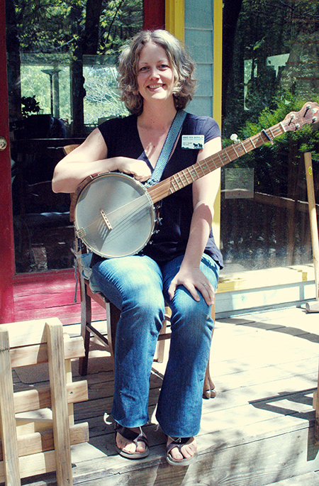 We Welcome Annie Fain Liden-Barralon as the Folk School Music and Dance Program Coordinator