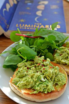 Avocado & Goats Cheese Spread