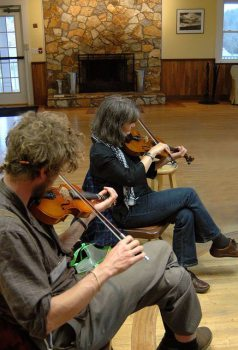 Fiddle class in the Music Studio