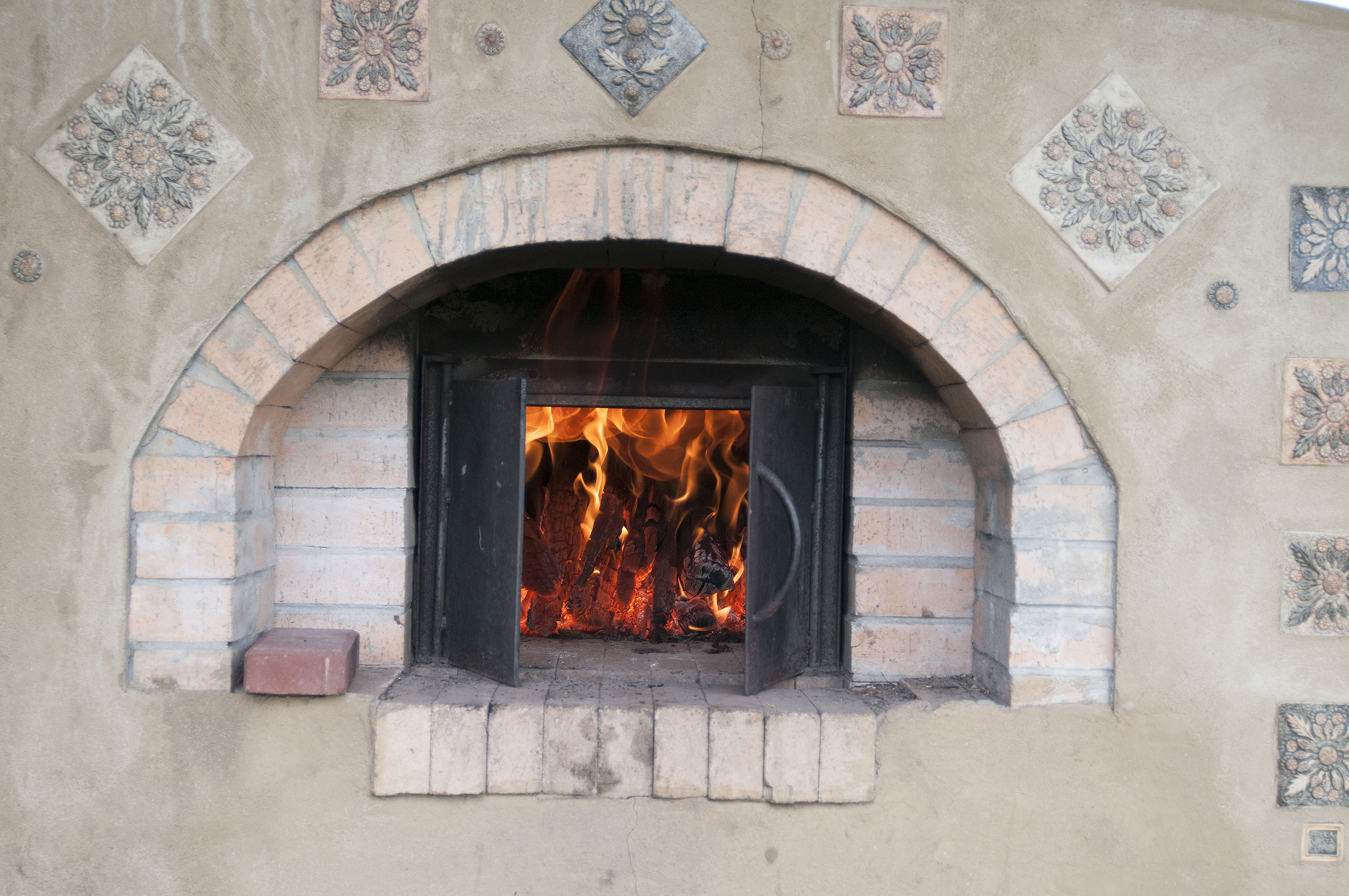 Wood Fired Cooking: Falling in Love with Falling Heat
