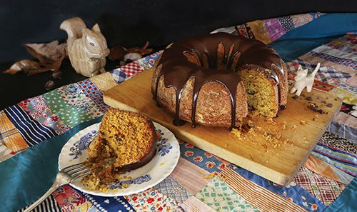 Pumpkin-Cake-with-Chocolate-Chips